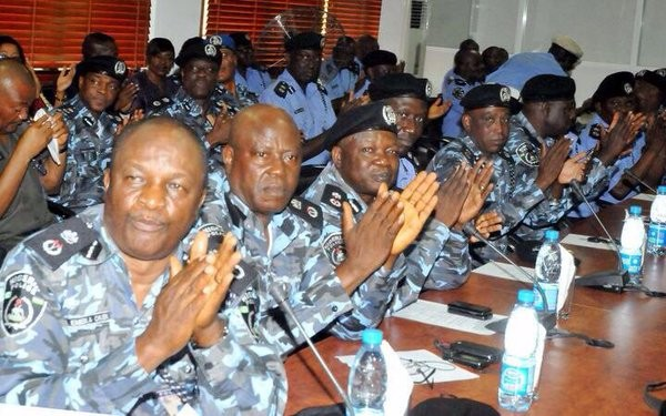 policemen clapping