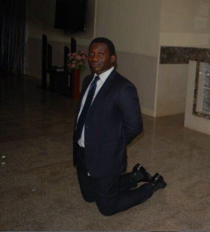 Kneeling1