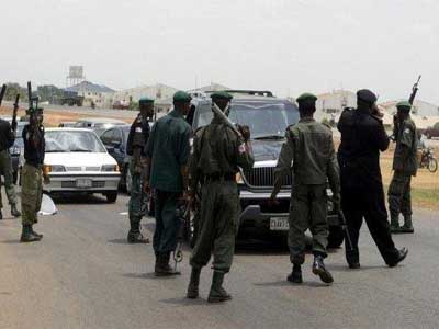 Nigerian-Police-at-checkpoints