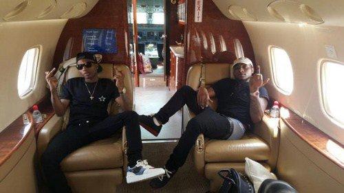 Wizkid__Davido_Return_From_Congo_In_Private_Jet_Photos-1