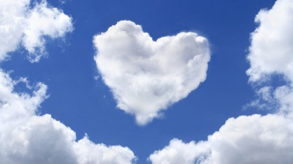 love-heart-clouds-blue-sk