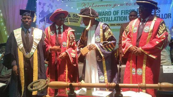 Adeyemo Kazeem (first left)