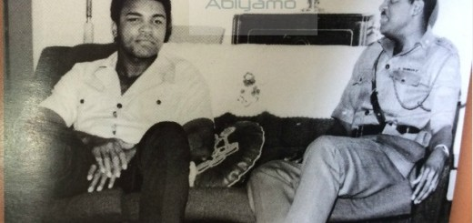 Governor-Mobolaji-Johnson-of-Lagos-State-with-Muhammad-Ali-in-his-office-in-the-1970s-Copy-520x245