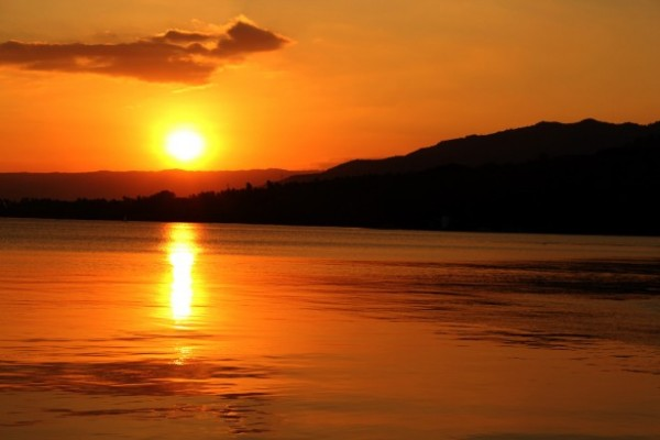 golden-sunset-1383723956xdf