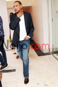 Senator Ben Murray-Bruce pairs his jeans with a blazer and T-shirt. Classic look!